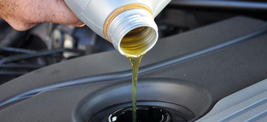 Моторное масло для автомобиля и его замена