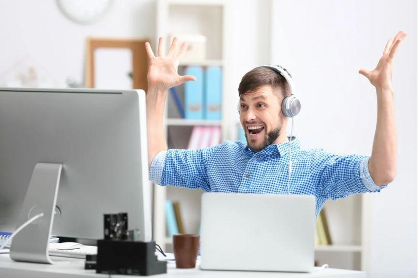 Топ 3 высокооплачиваемых профессий, которые можно освоить в интернете