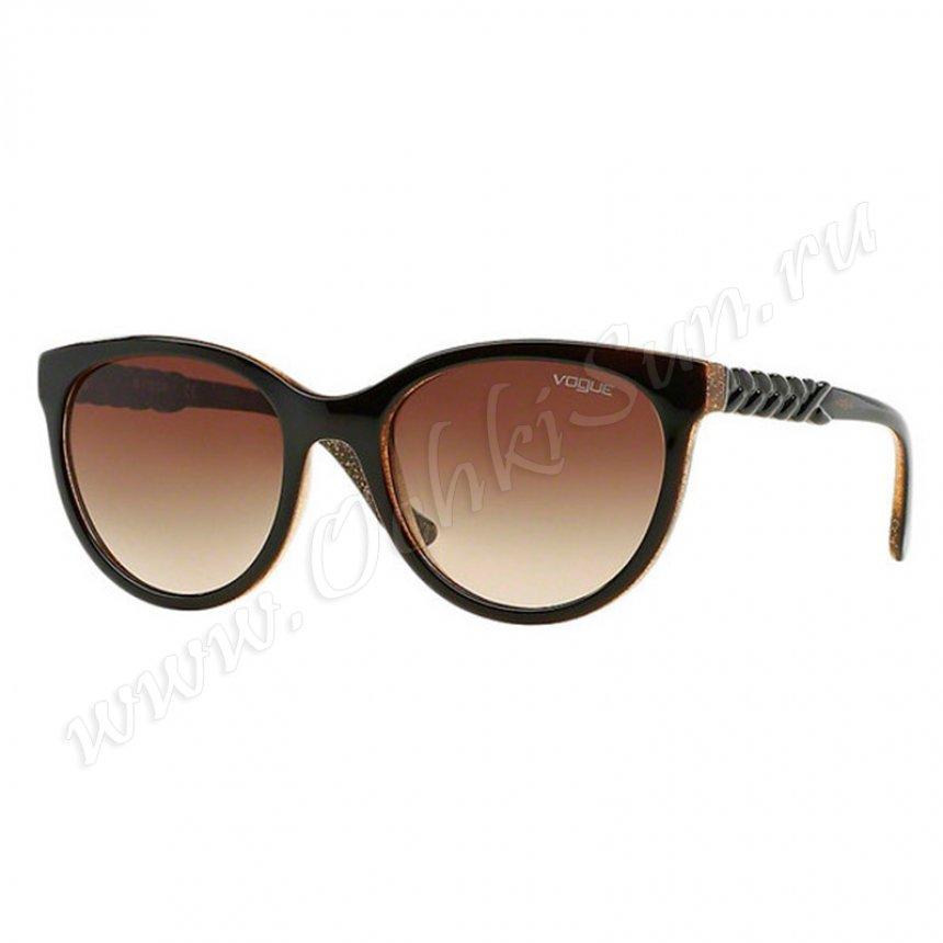 Женские солнцезащитные очки VOGUE